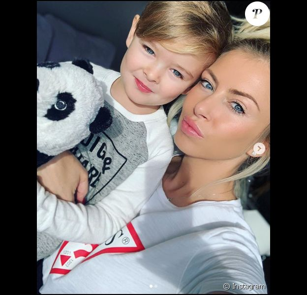 Stéphanie Clerbois et son fils Lyam le 27 décembre 2018.