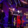 """Des manifestants envahissent la scène de """"Destination Eurovision"""" sur France 2 le samedi 19 janvier 2018."""