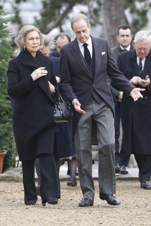 La reine Sofia et Jean d'Orléans (Le prince Jean, duc de Vendôme, Dauphin de France) - Obsèques du comte de Paris en la chapelle Royale Saint-Louis à Dreux, France, le 2 février 2019. © Alain Guizard/Bestimage