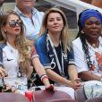 Maria Salaues (compagne de Paul Pogba porte une bague de fiançailles) et la mère de Paul Pogba, Yeo Pogba (mère de Paul Pogba) - Célébrités dans les tribunes lors du match de coupe du monde opposant la France au Danemark au stade Loujniki à Moscou, Russia, le 26 juin 2018. Le match s'est terminé par un match nul 0-0. © Cyril Moreau/Bestimage