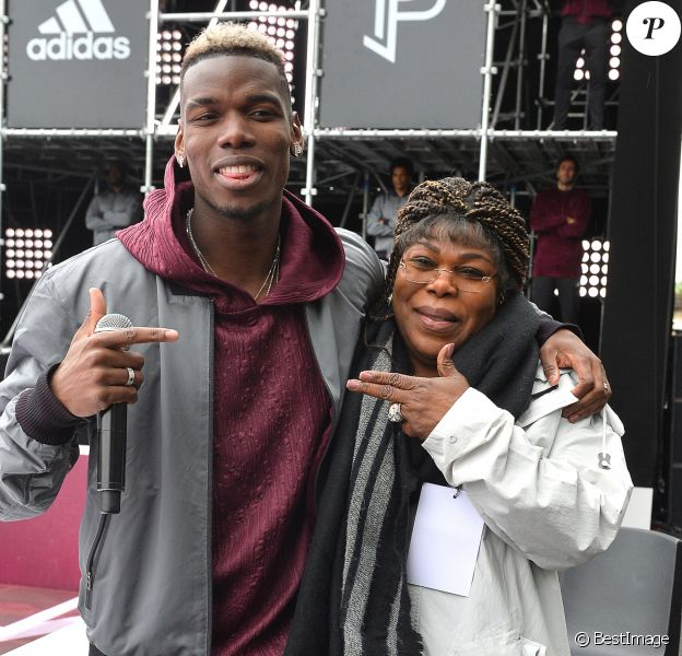 Paul Pogba et sa mère Yeo Moriba - Paul Pogba participe au lancement de sa 3e collection capsule Adidas à Paris le 30 avril 2018. © Veeren/Bestimage