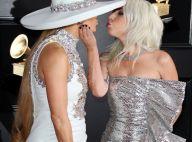 Lady Gaga et Jennifer Lopez : Bisou mémorable aux Grammy Awards