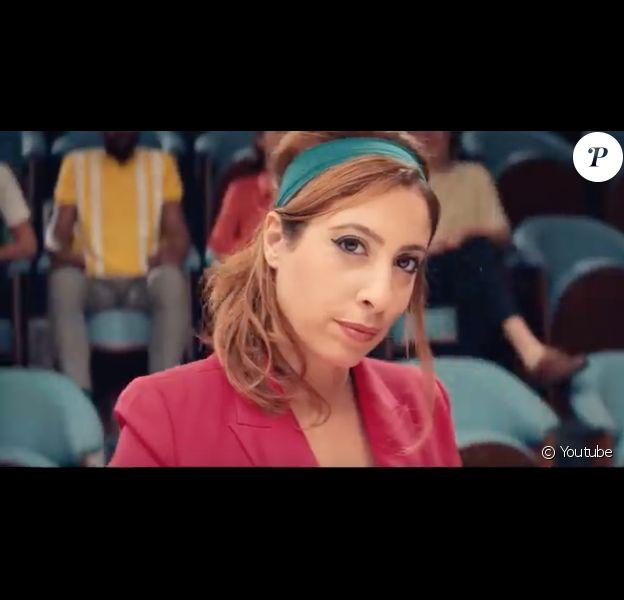 """Léa Salamé et Séverin dans le clip de """"L'Interview"""", le 13 février 2019."""