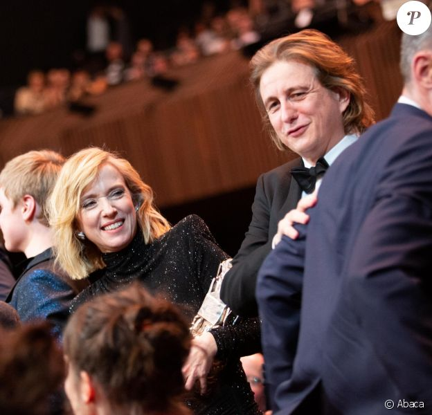 Léa Drucker à côté de son compagnon Julien Rambaldi lors de la cérémonie des César le 22 février 2019