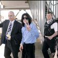 Michael Jackson à l'aéroport d'Heathrow, à Londres, en 2007.