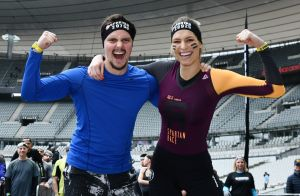 Laury Thilleman et Juan Arbelaez amoureux et victorieux à la Spartan Race