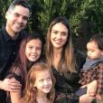 Jessica Alba, son mari Cash Warren et leurs trois enfants, Honor, Haven et Haynes.