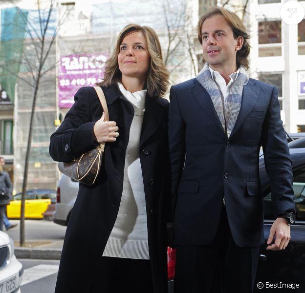 Arantxa Sanchez Vicario en février 2012 à Barcelone avec son mari Josep Santacana lors de la présentation de son autobiographie, dans laquelle elle accusait sa famille de l'avoir spoliée de sa fortune.