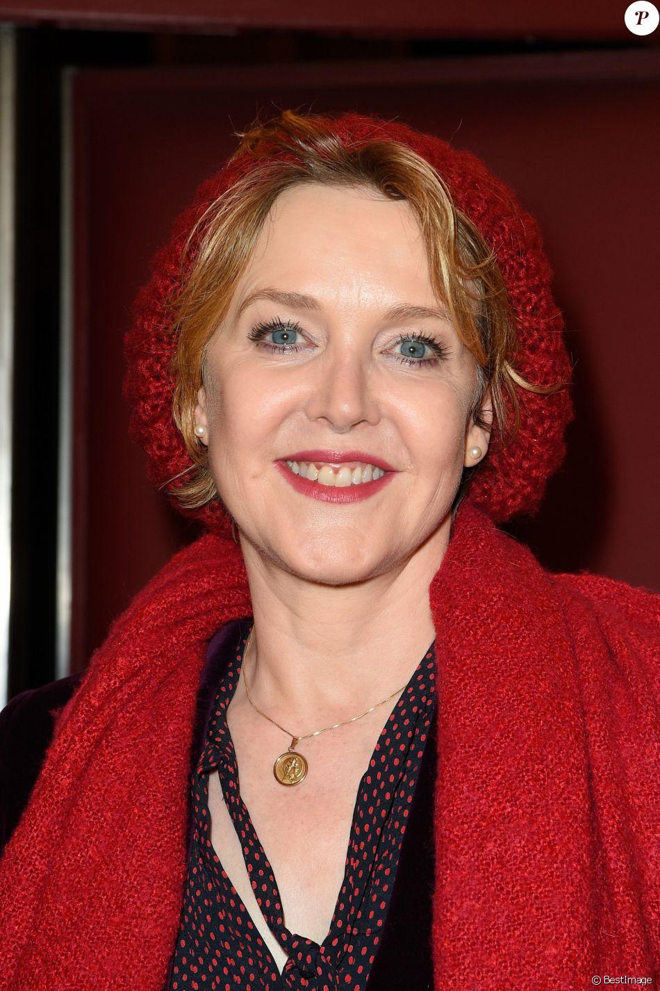 Agnès Soral lors de la générale de la pièce Les fantômes