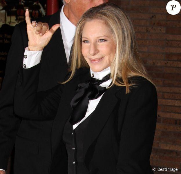 "Barbra Streisand - Soiree ""23rd Annual Women of the Year"" organisee par le magazine Glamour a New York, le 11 novembre 2013."