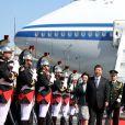 Le président chinois Xi Jinping et sa femme Peng Liyuan ont atterri à l'aéroport de Nice vers midi le 24 mars 2019 dans le cadre de leur mini-tournée en Europe. © Sebastien Botella / Nice Matin / Bestimage