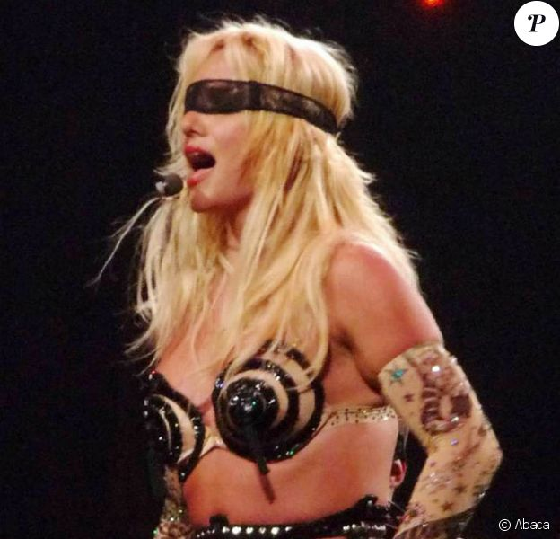 Britney Spears en concert pour sa tournée Circus
