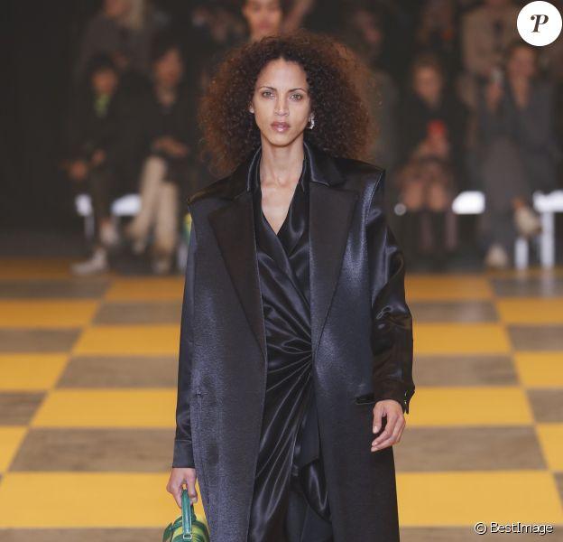 Noémie Lenoir - Défilé de mode Off-White collection prêt-à-porter Automne-Hiver 2019/2020 lors de la fashion week à Paris, le 28 février 2019.