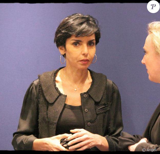 Rachida Dati en réunion avec les euro-députés de la majorité présidentielle aujourd'hui au siège de l'UMP.