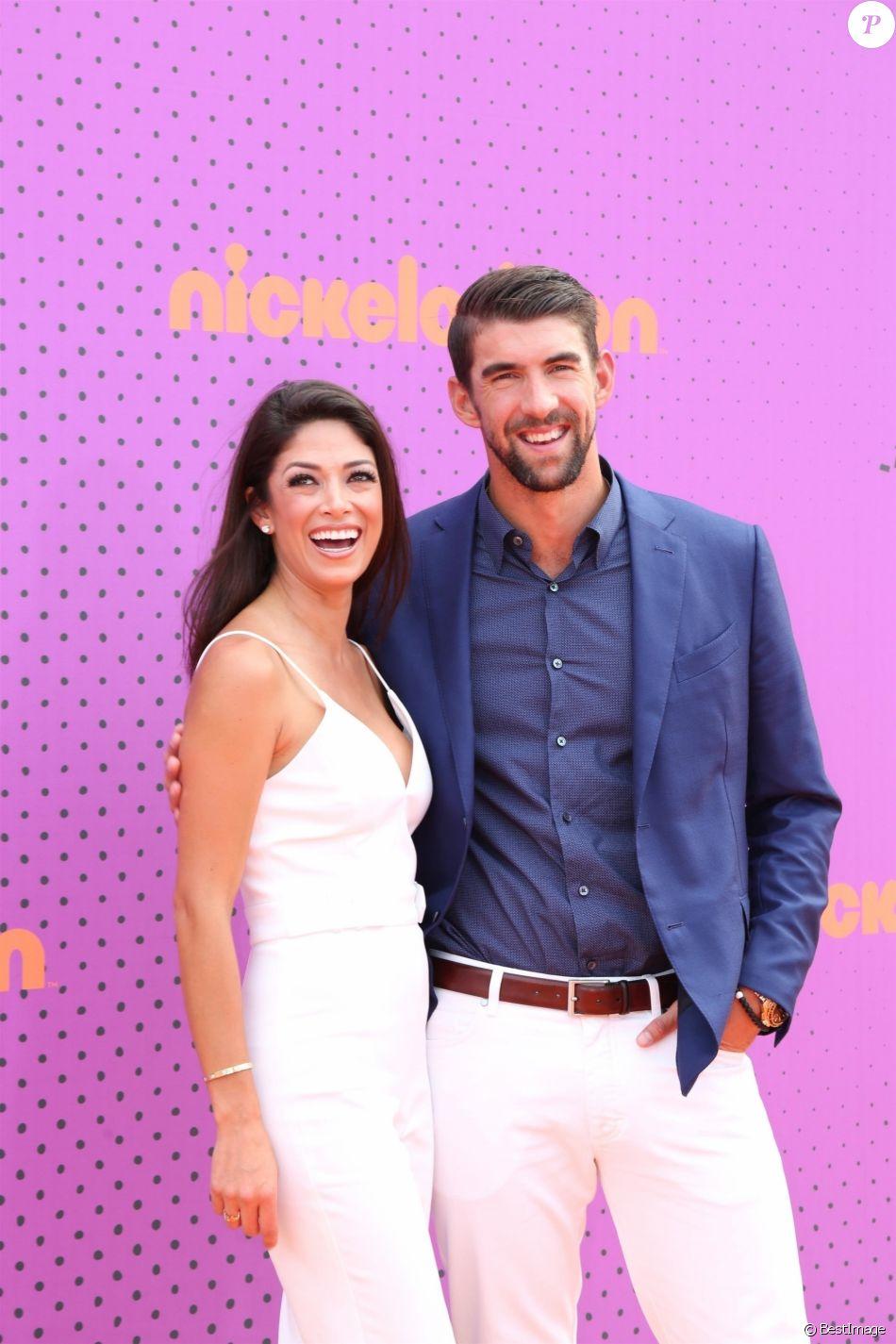 Michael Phelps et sa femme Nicole Johnson à la soirée Nickelodeon Kids' Choice Sports Award au UCLA Pauley Pavilion à Westwood, le 13 juillet 2017.