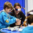 """Catherine Kate Middleton, la duchesse de Cambridge enceinte, visite l'association des Scouts afin de soutenir la campagne """"Better Prepared"""" qui vise à aider les communautés à développer l'association à travers le Royaume-Uni, à Londres, le 16 décembre 2014."""