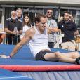 Renaud Lavillenie - Paris célèbre la journée olympique et installe une piste flottante sur la Seine au Pont Alexandre III le 23 juin 2017. © Pierre Perusseau / Bestimage