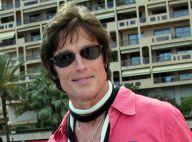 """Ronn Moss, """"d'Amour Gloire et Beauté"""", se pavane à Monaco dans un look impossible... et présente son dernier clip !"""