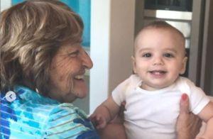 Eva Longoria dévoile des photos trop craquantes de Santiago avec sa grand-mère