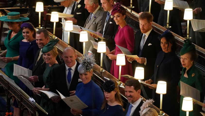 La reine Elisabeth II d'Angleterre et le prince Philip, duc d'Edimbourg, Le prince William, duc de Cambridge, et Catherine (Kate) Middleton, duchesse de Cambridge, Le prince Harry, duc de Sussex, et Meghan Markle, duchesse de Sussex, la princesse Anne, Sarah Ferguson, duchesse d'York et la princesse Beatrice d'York, Peter Phillips, Autumn Phillips, Mike Tindall, Zara Tindall, Lady Louise Mountbatten-Windsor et le prince Pavlos de Grèce - Cérémonie de mariage de la princesse Eugenie d'York et Jack Brooksbank en la chapelle Saint-George au château de Windsor, Royaume Uni le 12 octobre 2018.