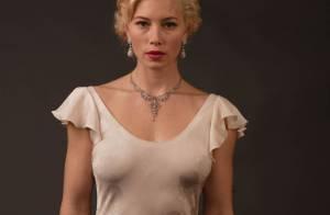 La belle Jessica Biel nous irradie... dans une robe en satin transparente !