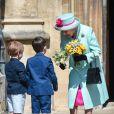 La reine Elisabeth II d'Angleterre à la sortie de la messe de Pâques à la chapelle Saint-Georges du château de Windsor, le 20 avril 2019.