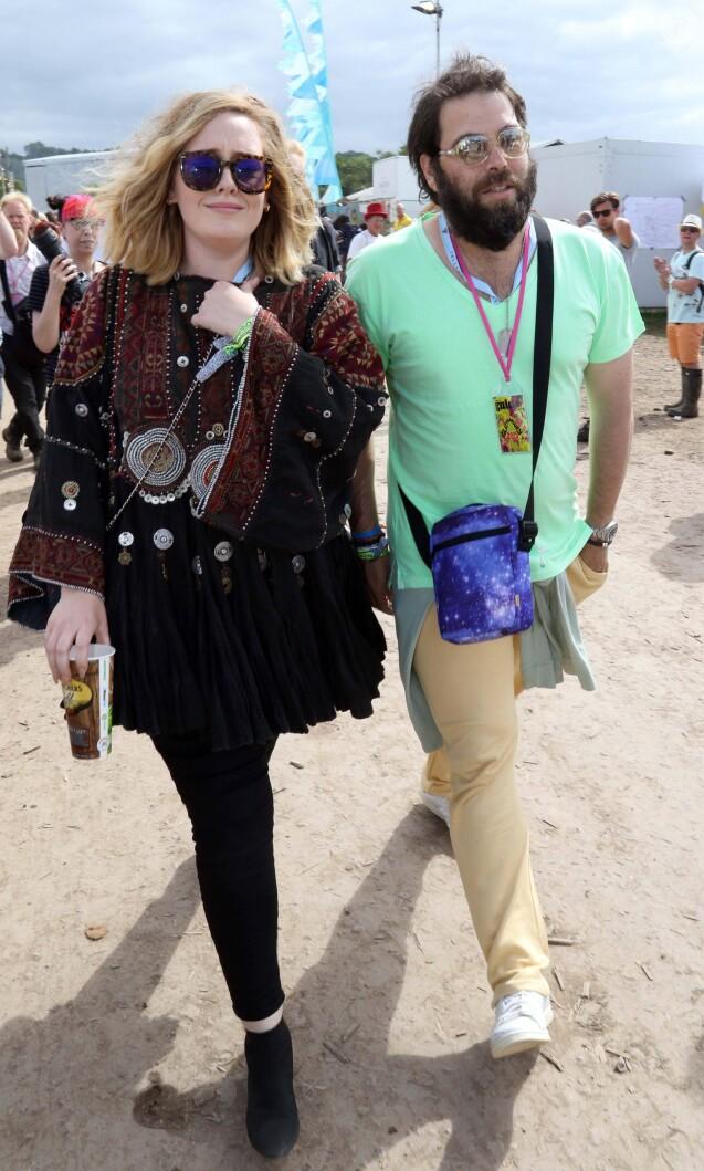 La chanteuse Adele et son compagnon Simon Konecki - Festival Glastonbury 2015, le 28 juin 2015.