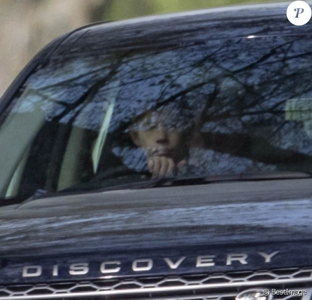 Exclusif - James Mountbatten-Windsor, vicomte Severn, 11 ans, au volant du Land Rover Discovery de ses parents le prince Edward et la comtesse Sophie de Wessex le 22 avril 2019 dans le parc du château de Windsor.