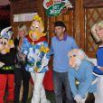 Paul Belmondo et sa délicieuse femme Luana fêtent les 20 ans du Parc Astérix