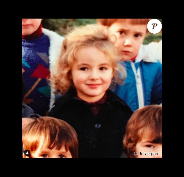 Qui est cette petite fille, devenue une actrice et artiste plastique reconnue ?