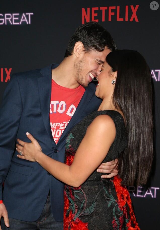 """Joe LoCicero et sa compagne Gina Rodriguez à la première de """"Someone Great"""" au ArcLight Theatre à Los Angeles, le 17 avril 2019."""