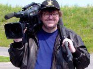 Quand Michael Moore s'attaque à la crise financière... il ne fait pas les choses à moitié ! Regardez !
