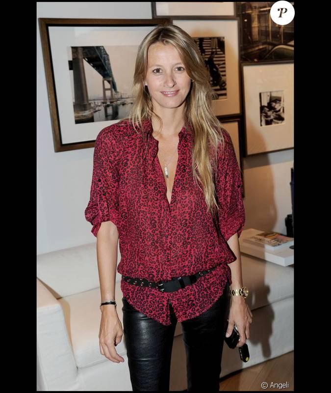 sarah lavoine l 39 inauguration de la boutique bismut bismut 15 06 09. Black Bedroom Furniture Sets. Home Design Ideas
