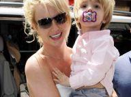 Quand Britney Spears passe par Londres avec ses adorables enfants...  direction le magasin de jouets !
