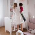 Ariane Brodier dévoile des photos de la chambre de sa fille née en avril.
