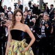 """Isabeli Fontanaassiste à la montée des marches du film """"Rocketman"""" lors du 72ème Festival International du Film de Cannes. Le 16 mai 2019 © Jacovides-Moreau / Bestimage"""