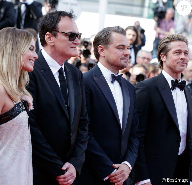 """Margot Robbie, Quentin Tarantino, Leonardo DiCaprio, Brad Pitt - Montée des marches du film """"Once upon a time... in Hollywood"""" lors du 72ème Festival International du Film de Cannes. Le 21 mai 2019 © Jacovides-Moreau / Bestimage"""
