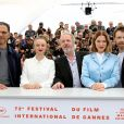 "Roschdy Zem, Sara Forestier, Arnaud Desplechin, Léa Seydoux et Antoine Reinartz au photocall du film ""Roubaix, une lumière (Oh mercy!)"" lors du 72ème Festival International du film de Cannes, France, le 23 mai 2019. © Jacovides-Moreau/Bestimage  Celebs attending the ""Oh Mercy! (Roubaix, une Lumiere)"" Photocall during the 72nd annual Cannes Film Festival in Cannes, France on May 23, 2019.23/05/2019 - Paris"