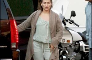 Jennifer Lopez : Découvrez la bomba latina sans maquillage... Ca change ! Aïe...