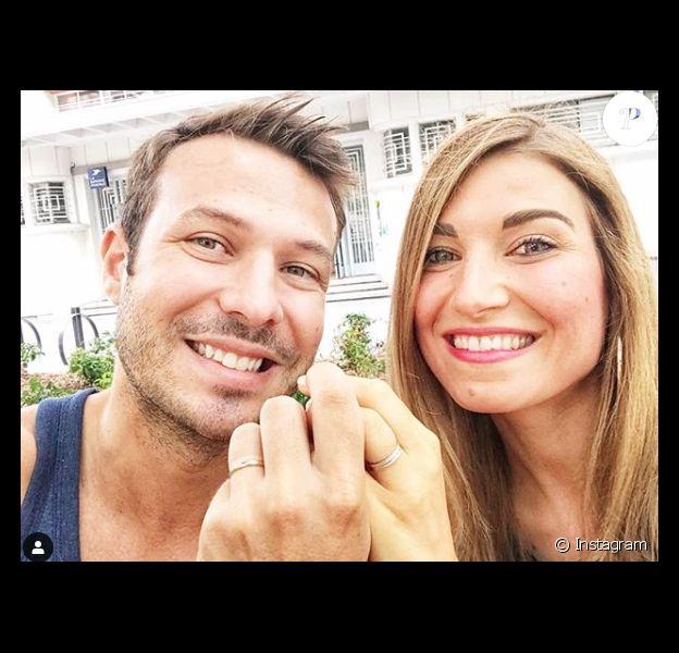 """Charline et Vivien, couple qui s'est formé grâce à l'émission """"Mariés au premier regard 3"""". En mai 2019 ils ont fêté leur premier anniversaire de mariage."""
