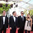 """Brad Pitt, Leonardo Dicaprio, Quentin Tarantino, Margot Robbie - Montée des marches du film """"Once upon a time... in Hollywood"""" lors du 72ème Festival International du Film de Cannes. Le 21 mai 2019 © Jacovides-Moreau / Bestimage"""