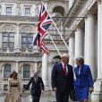 """Donald Trump et sa femme Melania, Theresa May et son mari Philip à leur arrivée à la conférence de presse au """"Foreign & Commonwealth Office"""" à Londres. Le 4 juin 2019"""