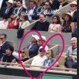 Pierre Niney filme son ami Norman Thavaud avec sa chérie Martha à Roland-Garros le 9 juin 2019.