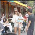 Alessandra Ambrosio et sa petite fille trop mignonne