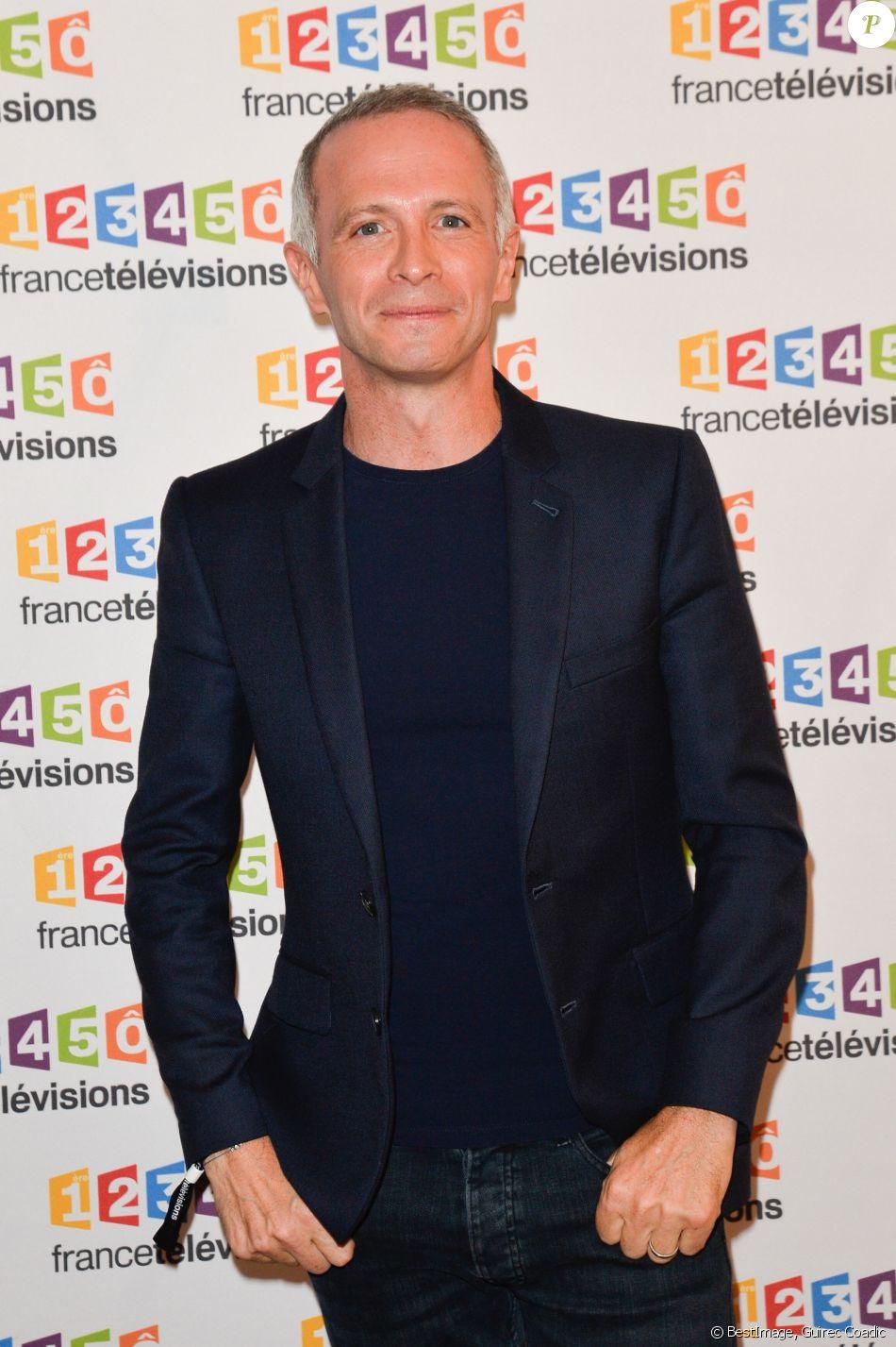 Samuel Étienne lors du photocall de la présentation de la nouvelle dynamique 2017-2018 de France Télévisions. Paris, le 5 juillet 2017. © Guirec Coadic/Bestimage