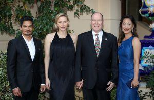 Charlene de Monaco chic face à Jessica Alba et Sharon Case au palais princier