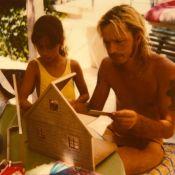 Renaud en tout petit maillot de bain : Le message si drôle de sa fille Lolita