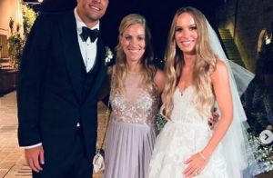 Caroline Wozniacki mariée : sublime robe de couturier, Serena Williams présente