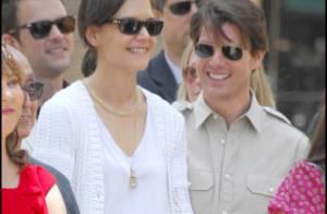Tom Cruise et Katie Holmes très amoureux et émus ont partagé... le bonheur de Cameron Diaz !