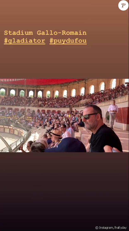 Laeticia Hallyday et Jean Reno au Puy du Fou, le 28 juin 2019.